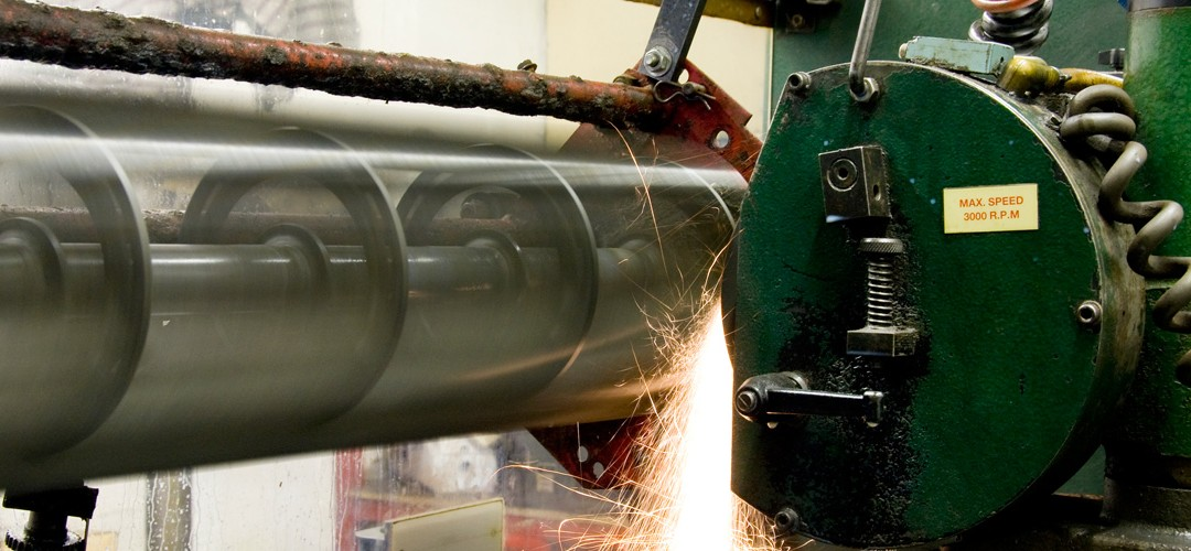OUR IN HOUSE CYLINDER GRINDING SERVICE